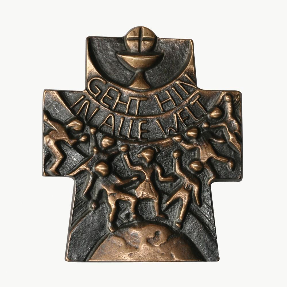 Wandkreuz Gehet hin in alle Welt Bronze 10 x 8 cm